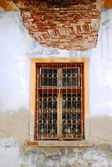 Sighisoara Window 18 (PM Kelly) Tags: street old travel windows light abstract color colour brick art window ventana one 1 crack romania frame sighisoara fade