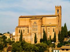 P9054770500px (elsuperbob) Tags: italy architecture italia siena toscana sandomenico redo