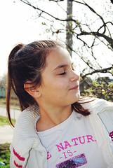 Jana (Sareni) Tags: light portrait colors girl grass leaves vintage spring branches serbia sm jana portret 72 mart vojvodina twop srbija banat 2016 trava prolece boje svetlost granje lisce alibunar juznibanat sareni savemuncana