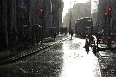 2016-04-07: Red Lights (psyxjaw) Tags: street people london wet water rain weather walking shower office workers bank soak commuter commuting rushhour damp cityoflondon londonist