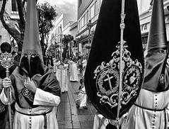 Mirada de nazareno (orozco-fotos) Tags: espaa spain tokina1224 cdiz orozco semanasanta rota nazarenos nikond90 corozco orozcofotos march2016 marzo2016