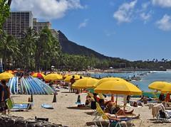 Honolulu, Hawaii (Jasperdo) Tags: beach yellow hawaii sand diamondhead honolulu waikikibeach umbrellas