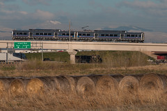 RTD train at 40th and Airport (Michael Karlik) Tags: railroad mountains car electric train colorado cab rocky denver commuter emu passenger hyundai rotem rtd