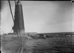 Bogskär; majakka laivasta n. 100 m päästä kuvattuna (KansallisarkistoKA) Tags: lighthouse beacon 1907 majakka bogskär