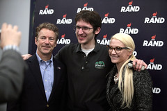 Rand Paul with supporters (Gage Skidmore) Tags: birthday party music girl river paul senator kentucky president iowa experience marianne davenport libertarian rand caucus 2016 copenhaver