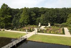 Schloss Anholt (Dimormar!) Tags: summer garden vakantie zomer tuin anholt schlossanholt samenmetanne