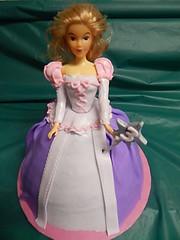 doll cake (GRAMPASSTORE) Tags: girls cakes cake cupcakes doll dress unique barbie grandpa il cupcake grampa grandpas lagrange grampas 60525 birthdaycustom 20150805 20150704