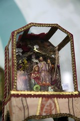 IMG_3806 (camaradecoimbra) Tags: portugal natal navidades merrychristmas christmastime painatal sagradafamlia rainhasanta acadmica joyeuxnoel meninojesus queimadasfitas briosa bolasdenatal mercadodpedrov prespiosartesanais artesosdecoimbra burningribbons