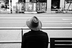 (Manuel Teruel) Tags: madrid street man calle sombrero hombre