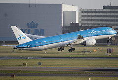 KLM PH-BHA 23-1-2016 (Enda Burke) Tags: travel holiday holland window netherlands dutch amsterdam plane canon airplane airport wings holidays dubai aviation uae wing engine nederland apron arab 7d netherland planes boeing arrival klm panning departure takeoff runway nederlands ams hanger aero dxb winglets taxiing eham taxiway 787 arabemirates b787 egcc av8 omdb royaldutchairlines dreamliner avgeek klmroyaldutchairlines boeing787 boeingdreamliner 7dmk2 canon7dmk2