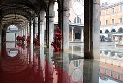 """Venezia IT - """"Acqua Alta"""" (Fabrizio Lucchese 1') Tags: venezia riflessi worldheritage unesco canon760d acqua marea portici fabriziolucchese italia italy italien patrimoniounesco unescoworldheritage spiegelung reflection"""