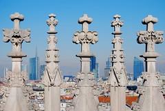 Duomo - Cathedral Milano (Sghirat) Tags: italy milan skyscraper italia cathedral milano gothic duomo gotico