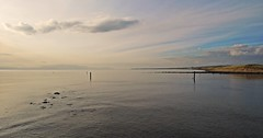 Getting Closer (Bricheno) Tags: irvine river clyde coast arran firthofclyde riverirvine reflections bricheno scotland scozia szkocja scoția schottland écosse escocia escòcia ayrshire
