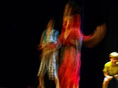 4 Winden @ MC.HC  090530.2260 (Lieven SOETE) Tags: boy brussels art girl dance movement blurry ballerina chica arte belgium belgique artistic fuzzy action body adolescente danza kunst young diversity bruxelles social tnzer dancer danse movimiento nia corps tanz bewegung teenager chico dana nio fille unscharf 2009 baile mdchen meisje jovem flou jvenes corpo junge bailarina mouvement joven garon ragazza cuerpo jeune  borroso confuso danarina  intercultural krper danseuse ballerine artistik balerina empaado erkek tnzerin diversit danzatrice tnc  interculturel socioartistic danadas sintjansmolenbeeksaintjean