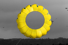 here comes the sun :-) (Wackelaugen) Tags: sky sc yellow festival canon germany photography eos photo europe gray coloring kit kitefestival googlies selectivecoloring malmsheim wackelaugen