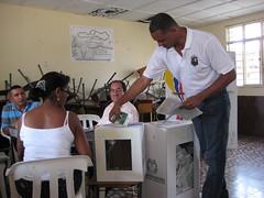 Urnes Colombie 2010 (lections Qubec) Tags: de haiti bureau vote tunisie lections colombie urnes