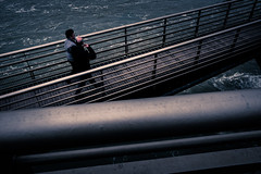 Toulouse (Asahi Linow) Tags: street bridge france architecture river photo berge pont fujifilm toulouse neuf garonne x70 dme
