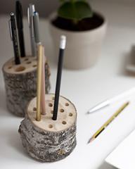 Ideias e reciclagem para uma casa amiga do ambiente (utilidades_casa) Tags: reciclagem sof tinta reciclar almofadas ideias sugestes renovar troncodervore mveisantigos txteis