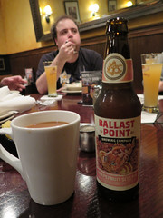 Ballast Point Grapefruit Sculpin and coffee (Coyoty) Tags: wood red food orange brown white color beer coffee restaurant drink connecticut ale ct grapefruit rockyhill sculpin ballastpoint woodntap grapefruitsculpin
