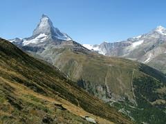 the long skirts of the matterhorn (mailatmatt) Tags: alps alpes schweiz switzerland suisse suiza alpine zermatt matterhorn alpen svizzera cervin suissa montecervino kantonwallis cantonduvalais ystar dscf9048