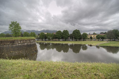 Laguna di Lucca (Luca Rodriguez) Tags: water rain lucca tuscany mura toscana acqua pioggia allagato allagamenti spalti lucarodriguez