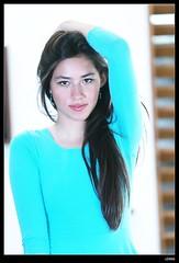nEO_IMG_DP1U2745 (c0466art) Tags: blue light portrait window girl beautiful face canon store nice pretty slim outdoor gorgeous ale skirt el east short figure salvador taipei tall charming steet 1dx c0466art fashional