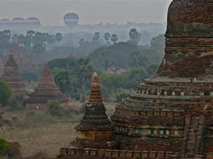 Here they come ! (rainy city) Tags: temples hotairballoons bagan