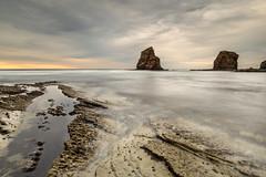 Hendaye, Les Jumeaux (Herv D.) Tags: ocean sea mer france landscape twins country shore cote paysage pays basque gemelas jumeaux hendaye atlantique ocan hendaya