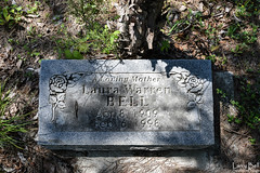 DSC_0284.jpg (SouthernPhotos@outlook.com) Tags: cemetery us unitedstates alabama sumtercounty larrybell browncemetery emelle larebel larebell