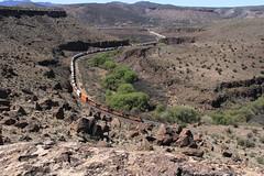 CROZIER CANYON (fenaybridge) Tags: arizona valentine bnsf es44 croziercanyon gedesert