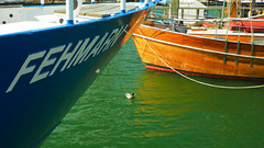 Harbour Impressions (Ostseeleuchte) Tags: boats ducks boote balticsea enten ostsee schiffe heiligenhafen harbourimpressions hafenimpressionen april2016