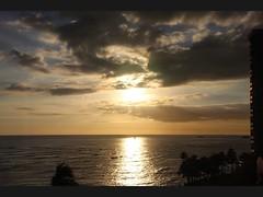 Outrigger Reef Room view of Waikiki sunset (giuseppe schipano) Tags: sunset waikiki waikikisunset beachfrontroom canon600d waikikioutriggerbeachresort