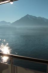 Niesen ( Berg - Mountain ) am Thunersee im Berner Oberland im Kanton Bern der Schweiz (chrchr_75) Tags: lake lago schweiz switzerland see swiss lac bern christoph dezember svizzera berner thunersee berneroberland oberland jrvi  suissa 2015 s kanton chrigu hochformat kantonbern alpensee chrchr hurni chrchr75 susise chriguhurni albumthunersee chriguhurnibluemailch albumregionthunhochformat thunhochformat albumzzz201512dezember