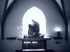 Piet (1elf12) Tags: light shadow church statue germany deutschland licht schatten piet duderstadt stcyriakus basilicaminor