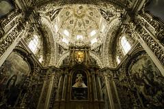 Lady Chapel in Puebla (Lawrence OP) Tags: mexico gold dominican chapel rosary baroque puebla dominicos ladychapel ourladyoftherosary