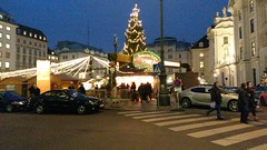 20151215_163027 (Paul Easton) Tags: vienna wien christmas december market gluhwein weinacht