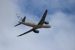 A320 Aigle Azur (xwattez) Tags: france plane airport european aircraft airbus transports toulouse aeropuerto blagnac avion azur a320 aigle 2016 aroport europen vhicule