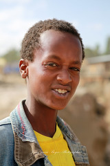(jmboyer) Tags: voyage africa travel people canon photography photo yahoo flickr photos retrato picture viajes lonely lonelyplanet ethiopia gettyimages nationalgeographic afrique eastafrica googleimages ethiopie googleimage go googlephotos etiopija impressedbeauty photoflickr afriquedelest photosflickr canonfrance photosyahoo imagesgoogle photogo nationalgeographie jmboyer photosgoogleearth eth2790