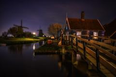 Zaanse Schans (reinaroundtheglobe) Tags: longexposure nightphotography bridge mill water netherlands windmill reflections nightshot nederland mills zaanseschans zaandam placesofinterest