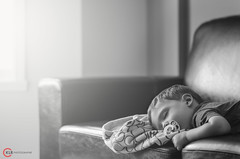 puis (O-KLR Photographie) Tags: sleeping blackandwhite monochrome kid noiretblanc naturallight calm couch tired blanket enfant dormir doudou fatigue exhausted pacifier divan calme magicmoment suce lumirenaturelle puis puisement