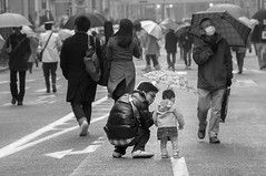 FATHER & DAUGHTER (ajpscs) Tags: street people blackandwhite bw blancoynegro monochrome rain japan japanese tokyo blackwhite nikon outdoor streetphotography monochromatic  nippon  blkwht grayscale fatherdaughter d300  monokuro ajpscs