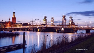 Kampen 28 maart Blue Hour Kamper city Bridge and skyline