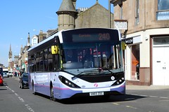 67061 SN65ZDZ First Glasgow (busmanscotland) Tags: glasgow ad first 200 alexander dennis mmc e200 enviro adl zdz 67061 e20d sn65 e200mmc 200mmc sn65zdz
