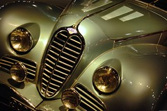 Delahaye 135 M (Olivier Simard Photographie) Tags: car museum design vintagecar automobile body wing voiture muse collection calender alsace hood headlight phare capot schlumpf aile delahaye mulhouse calandre aestheticism voituredecollection carrosserie antem citdelautomobile collectionschlumpf legendarycars delahaye135m esthtisme llva voituresdelgende automobilecity
