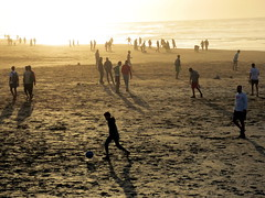 la plage (simon_berlin62) Tags: world life street travel light colour beach strand photography evening la football mood northafrica soccer morocco arab corniche maroc maghreb casablanca plage marokko 2016 nordafrika afriquedunord