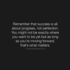 Motivation Monday. Trying to start the week off right! #jenniferrayjewelry #jrj #motivationmonday #motivation #quote #quoteoftheday #yougetwhatyoudeserve #gottaearnit (JenniferRay.com) Tags: ray jennifer jewelry carbon custom fiber exclusive paracord jrj instagram