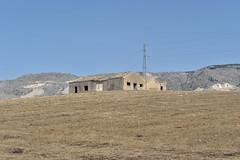 534 on the road (Pixelkids) Tags: italien italy italia unterwegs sicily landschaft ontheroad sicilia sizilien