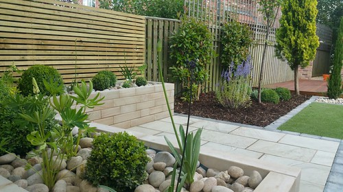 Landscape Gardening Wilmslow -  Decking Paving and Artificial Lawn Image 19