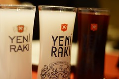 Raki Salgam (lufe_r) Tags: glass turkey drink sony conversation pentacon raki sony7