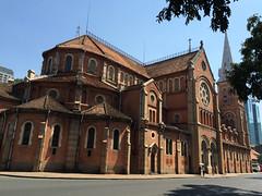 """Ho Chi Minh Ville: la cathédrale Notre-Dame <a style=""""margin-left:10px; font-size:0.8em;"""" href=""""http://www.flickr.com/photos/127723101@N04/23977689673/"""" target=""""_blank"""">@flickr</a>"""